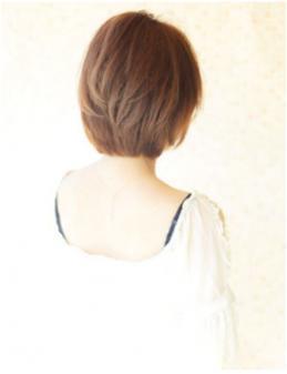 ゆるふわでかわいい小顔ショートヘア