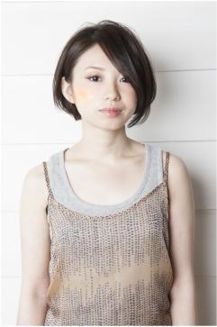 耳かけマッシュ☆黒髪モードボブ