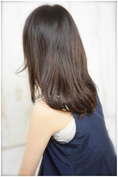 黒髪でも透明感☆カジュアルパーマ