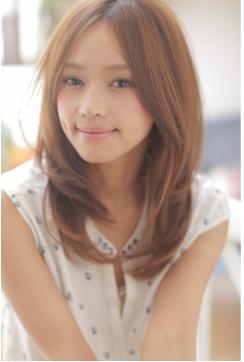 センターパート☆美髪透明感のセミロング