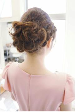 スウィート編み込みヘアアレンジ