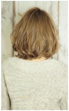 クールフェミニン美髪ウェービーボブ