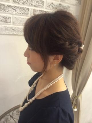 上品ゆるめのヘアセット~結婚式、2次会に☆