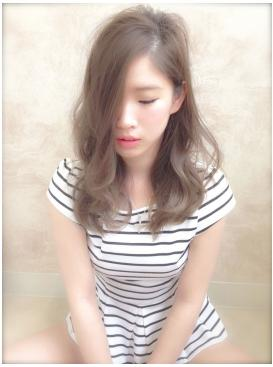 美髪ツヤ髪!クールフェミニンなロングスタイル!